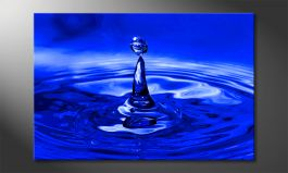 Das Leinwandbild 'Blue Drop'