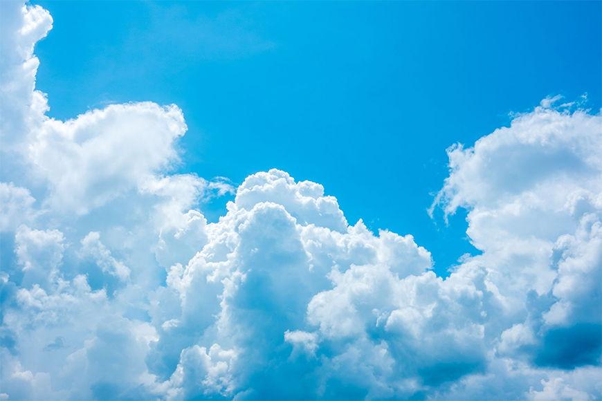 Vliestapete Verträumte Wolken in 6 Größen